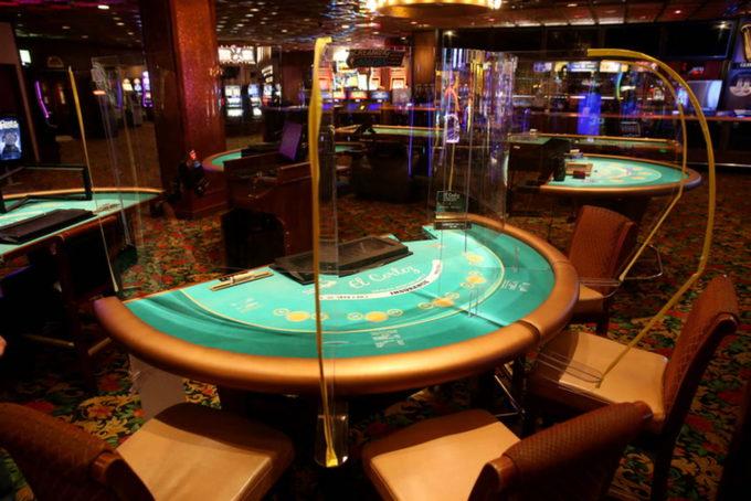 барьеры из оргстекла наземные казино